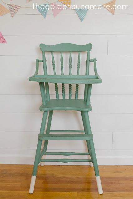 Dipped Leg Vintage Highchair