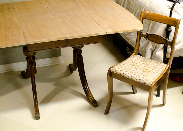 The Golden Sycamore: Duncan Phyfe Dining Set