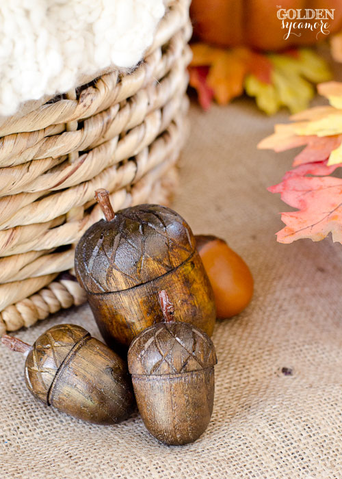 Fall Decor from thegoldensycamore.com