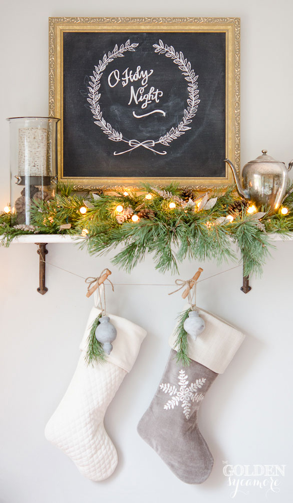 Christmas Chalkboard Art : My (Fake) Christmas Mantel