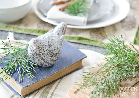 Christmas tablescape : white, gray, green, and blue