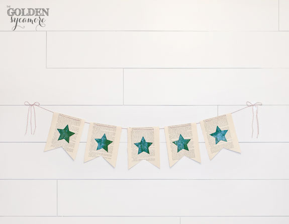 DIY Sparkly Christmas Banner