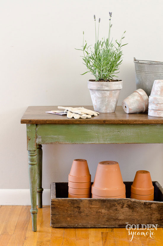 Distressed Potting Bench Table