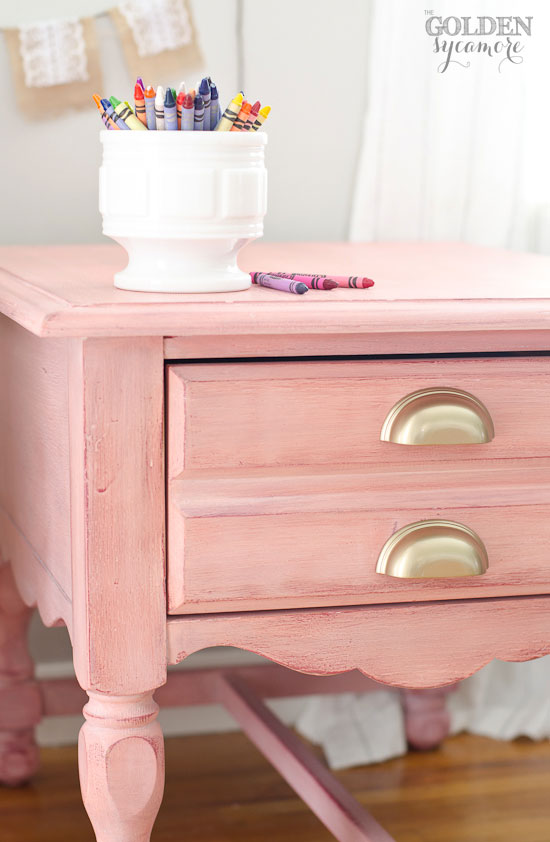 Merveilleux Shabby Chic Apron Strings Milk Painted Nightstand With White Wax Finish  #mmsmilkpaint