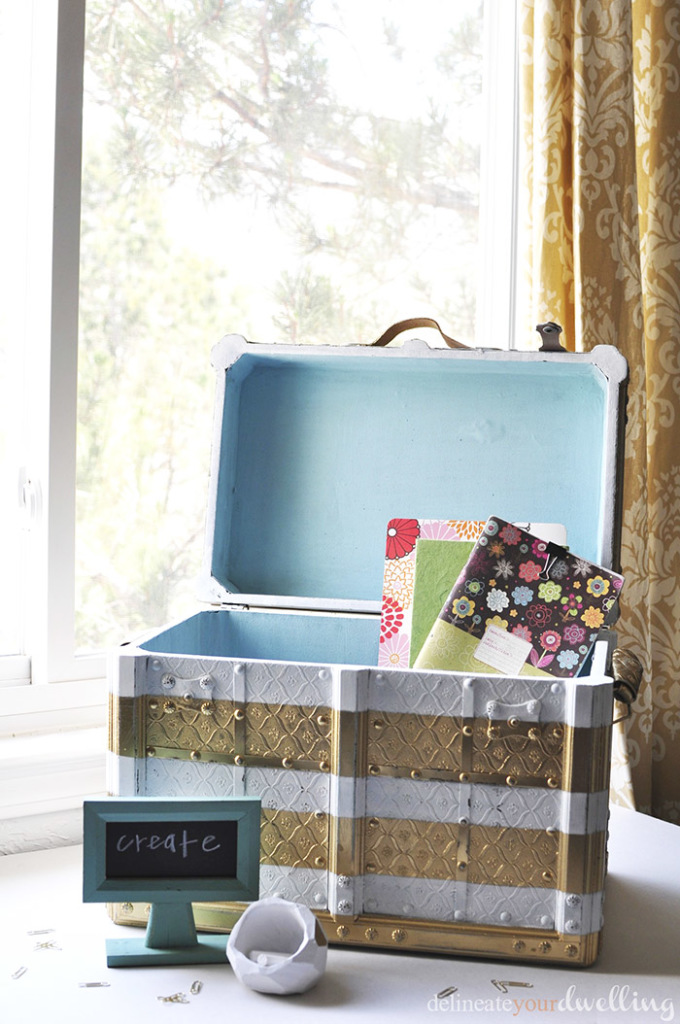 Painted Chest Makeover from Delineate Your Dwelling