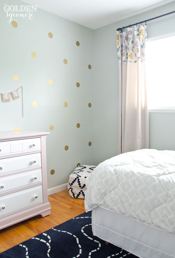 Little girl's bedroom makeover