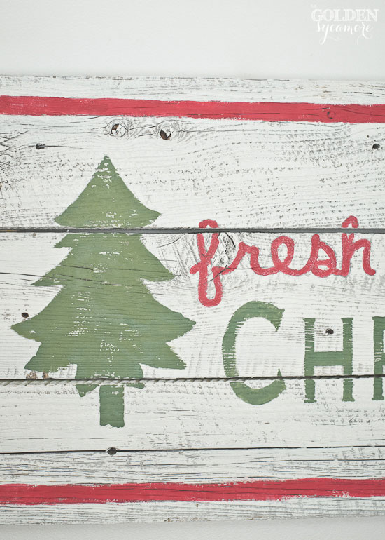 DIY vintage fresh cut Christmas trees sign from reclaimed barn wood - thegoldensycamore.com