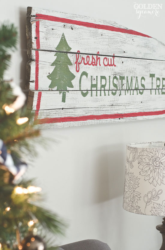 Milk painted rustic Christmas trees sign - thegoldensycamore.com