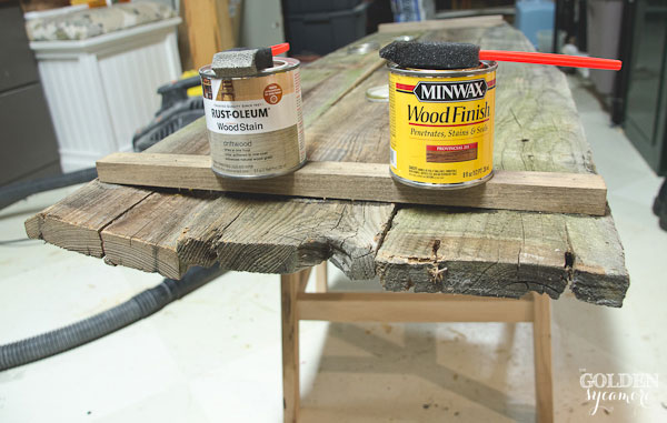 Staining cut wood to look like aged barn wood - thegoldensycamore.com