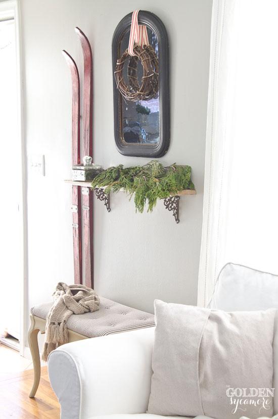 Winter entryway - thegoldensycamore.com