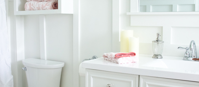 Lowe's Bathroom Makeover – Reveal