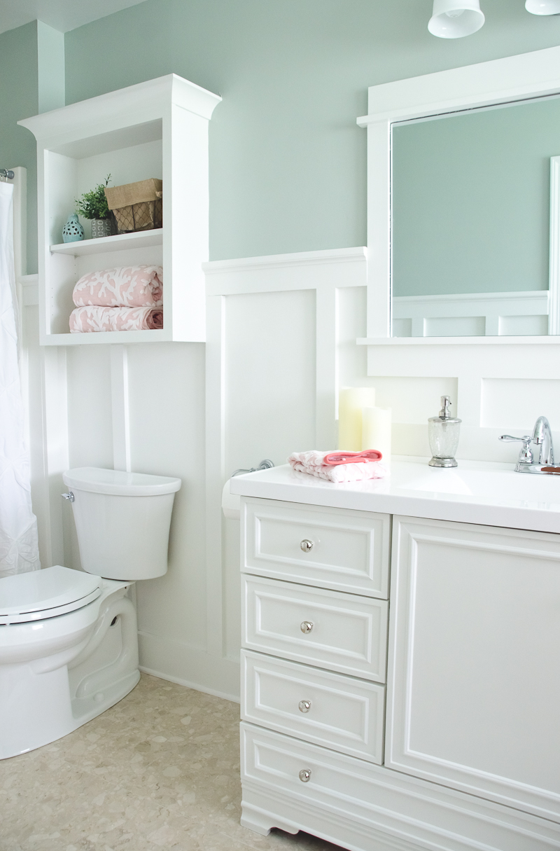 Bathroom Paint Ideas Lowes : Lowe s bathroom makeover reveal the golden sycamore