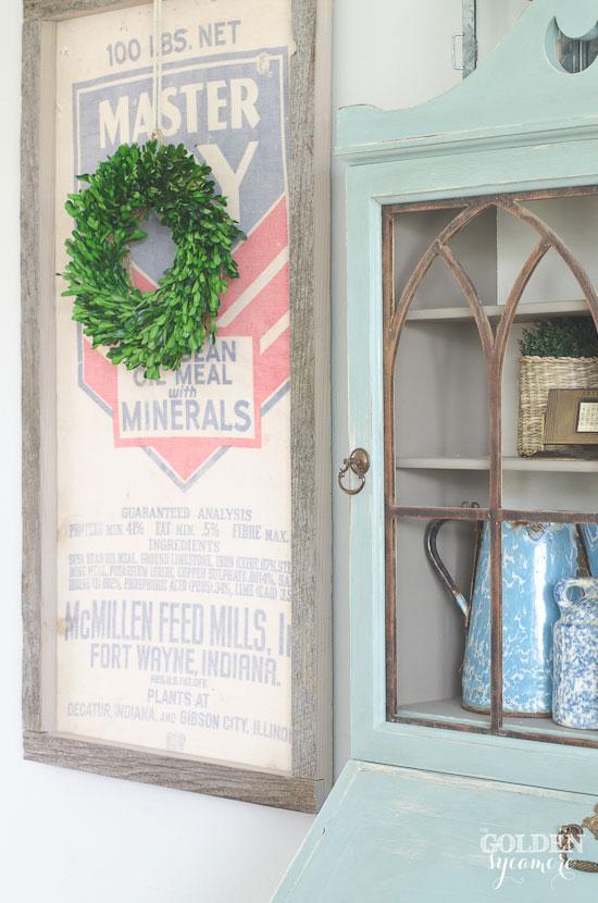 DIY framed vintage grain sack with boxwood wreath - thegoldensycamore.com