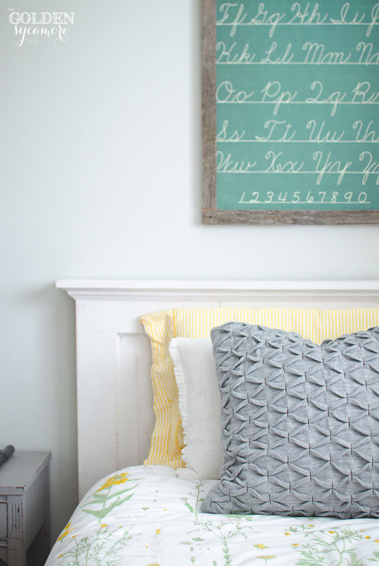 Kids' bedroom wall art idea
