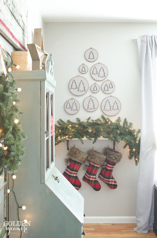 Vintage, rustic, cozy Christmas decor
