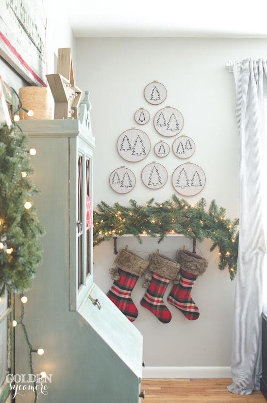 Vintage, rustic, cozy Christmas decor