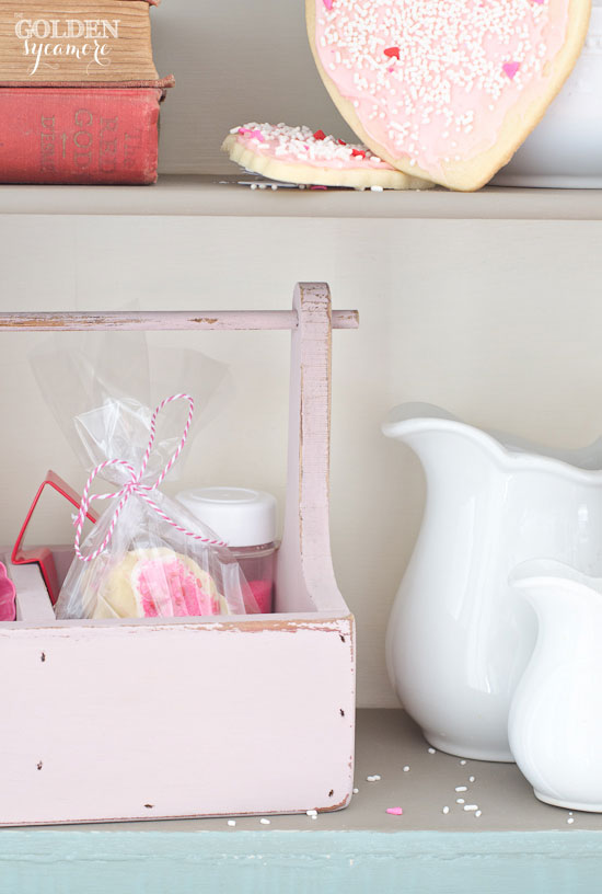 Pink Valentine's Day cookie caddy