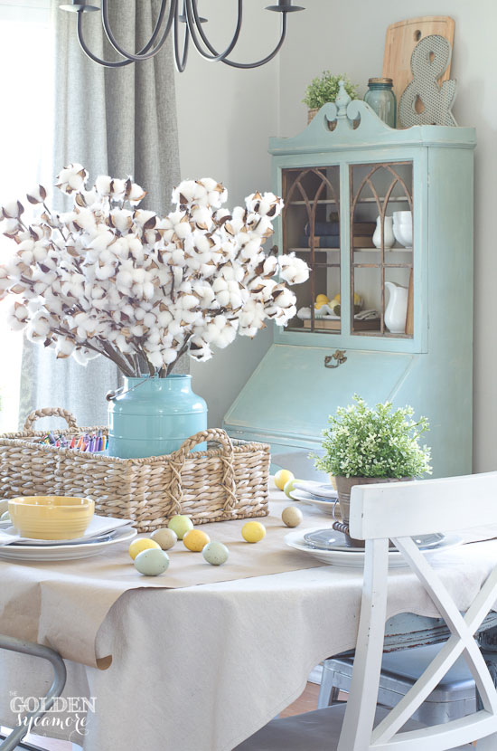 Cool, colorful spring dining room