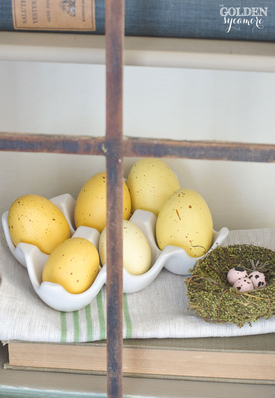 Spring egg decor