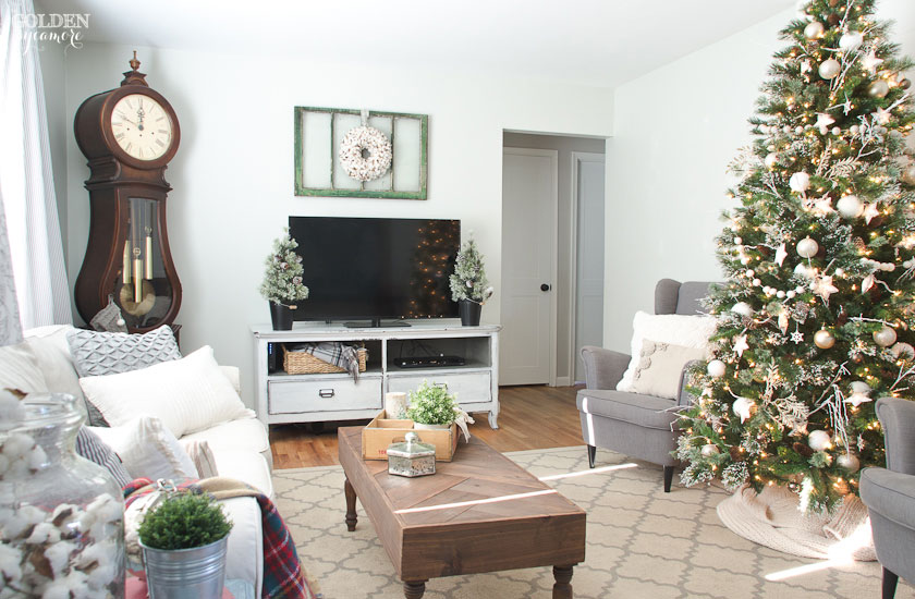 Cozy neutral Christmas living room
