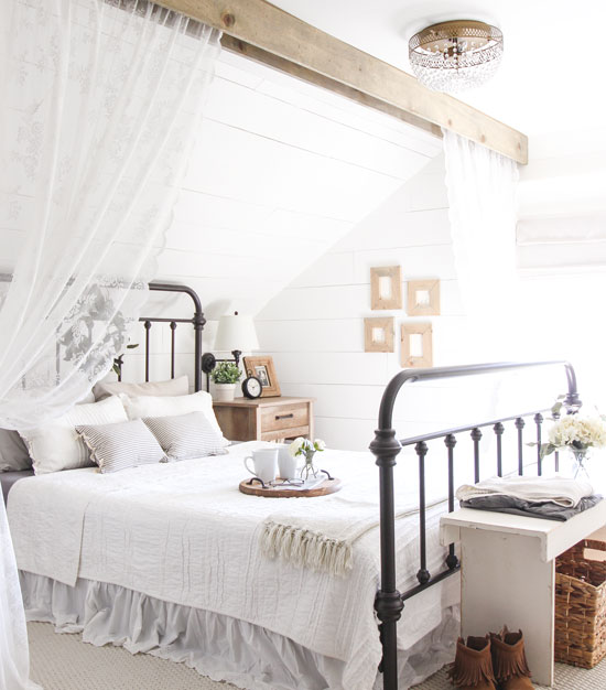 Master Bedroom - Farmhouse Charm