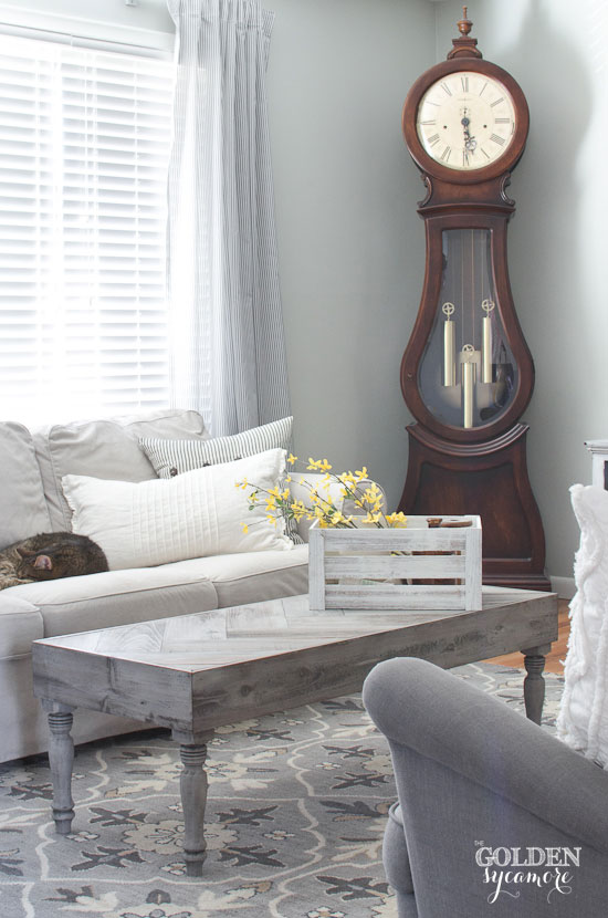 neutral spring living room